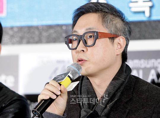 Hyung-Chul Kang